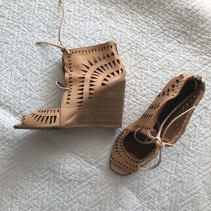 Jeffrey Campbell Laser Cut Wedge Sandals Nude 10